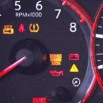 Полная расшифровка значков на панели приборов: что значит лампочка аккумулятора, двигателя, масла и другие индикаторы приборной панели авто